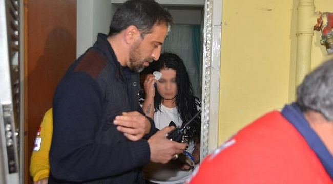 Eşi tarafından darp edilip eve kilitlenen kadını itfaiye kurtardı