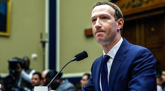 Facebook hissedarları Mark Zuckerberg'i yönetimde istemiyor