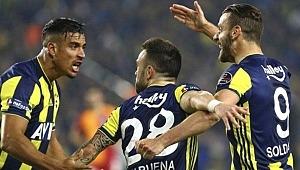 Fenerbahçe bu sezon dört derbide de geriden geldi