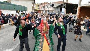 Fetih Şenliklerinde köy düğünü coşkusu - Bursa Haberleri
