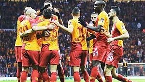 Galatasaray'da takımdan ayrılacak ilk isim belli oldu