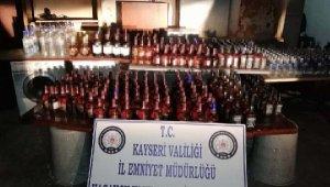 Kayseri'de minibüste 463 şişe kaçak içki ele geçirildi
