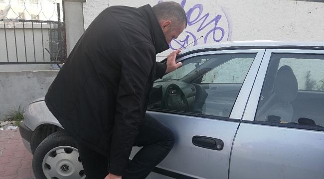 Kaza yapan sürücüden ilginç davranışlar... Kimlik isteyen polise para uzattı