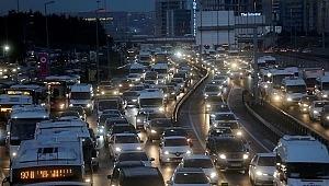 Kuralları ihlal eden daha fazla ödeyecek... Trafik sigortalarına düzenleme