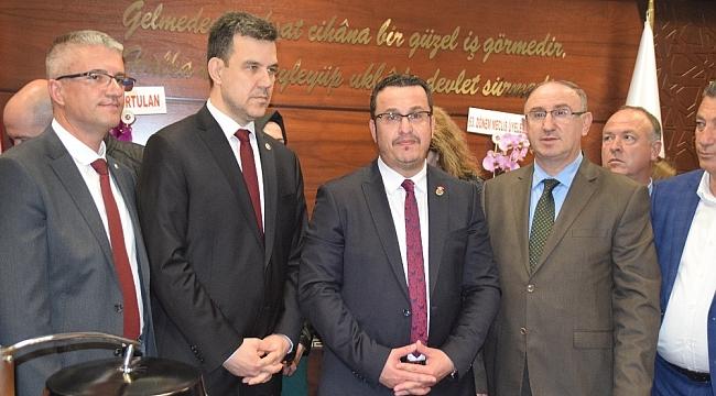 Mehmet Kanar mazbatasını aldı - Bursa Haberleri