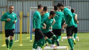 """Mesut Bakkal: """"5 maçımız kaldı, tek maçlık bakmayalım"""" - Bursa Haberleri"""
