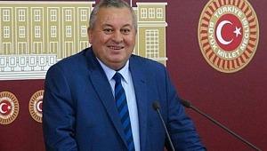 MHP Milletvekili Dağa Çıkarak Kurt Gibi Uludu