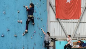 Nilüfer'de üniversitelilerin spor heyecanı başladı - Bursa Haberleri