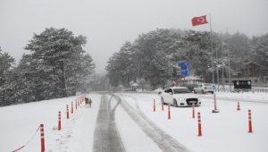 Nisan ayında Bursa'ya kar sürprizi - Bursa Haberleri