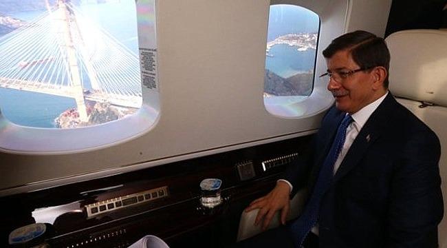 Ortamı Hareketlendirecek Kulis: Davutoğlu 50 Vekille Yeni Bir Parti Kuracak İddiası