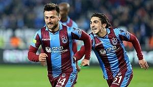 Otostop yaparak futbolcu oldu... Murat Cem Akpınar...