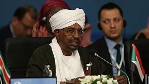 Sudan ordusu, Cumhurbaşkanı el Beşir ve hükümeti görevden alma kararı aldı