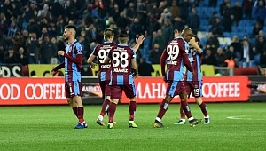 Trabzonspor, Antalyaspor'u 4-1 mağlup etti
