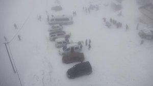 Uludağ'da kar yağışı devam ederse, kayak pistleri açılacak - Bursa Haberleri