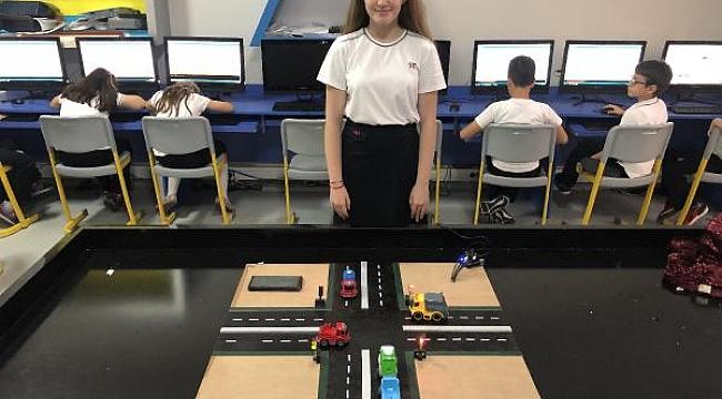 13 yaşındaki öğrenciden 'GPS'li ambulans' projesi - Bursa Haberleri