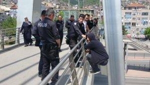 4 gün sonra aynı köprüde intihara kalkıştı