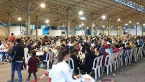 500 öğrenci her iftar bu sofrada buluşuyor - Bursa Haberleri