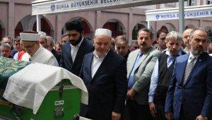 AK Parti'li yöneticinin kalp krizinden ölen oğlu, toprağa verildi - Bursa Haberleri