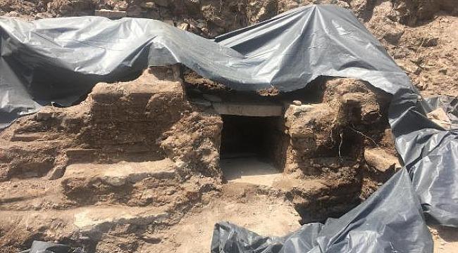 Apartman temeli için kazıldı, Roma dönemine ait yapı çıktı