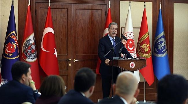 Bakanı Akar'dan yeni askerlik sistemi açıklaması! Yeni askerlik sistemin de paralı askerlik kaç para? Askerlik süresi ne kadar? Yedek astsubaylık