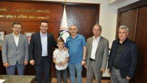Başkan Kanar'dan küçük matematikçiye ödül - Bursa Haberleri