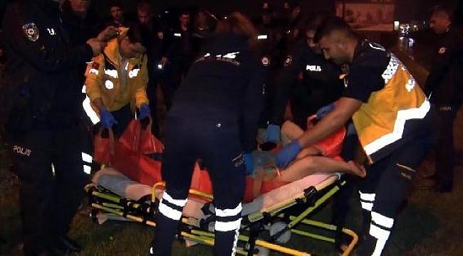 Bıçakla polise saldırdı, vurularak etkisiz hale getirildi