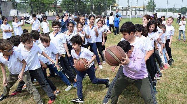 Bursa'da spor şenlikleri geleneksel oyunlarla renklendi - Bursa Haberleri