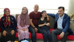 Doktor vekilden, kendini SP hastası kardeşine adayan Tuğçe'ye ziyaret - Bursa Haberleri