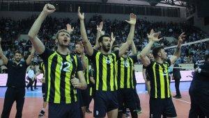 Efeler Ligi'nde şampiyon Fenerbahçe