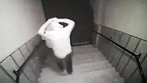 Ev sahibi, silahla hırsızları kovaladı