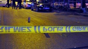 Ev sahibinin oğlunu silahla yaraladı