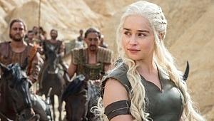 Final yaptığı için üzülen Game of Thrones hayranlarına büyük müjde