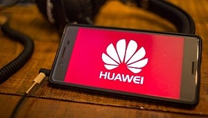 Huawei, bir darbeyi de Microsoft'tan aldı