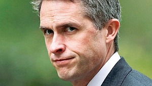 İngiliz kabinesinde Huawei krizi