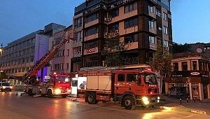 İş hanındaki yangında hasar büyük - Bursa Haberleri