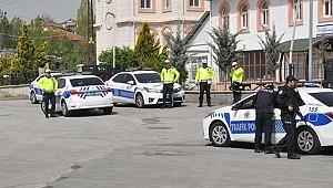 Kaçmaya çalışan sürücü bir polisi şehit etti