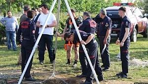 Kanalizasyon çukuruna düşen işçinin cesedi bulundu
