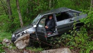Kazadan sonra saatlerce aracın koltuğundan kalkamadı - Bursa Haberleri