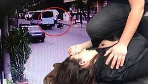 Korku dolu anlar... Genç kız tıka basa dolu minibüsten yola düştü