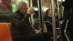 Metrodaki yaşlı adam: