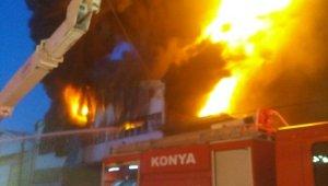 Mobilya tekstil atölyesinde yangın