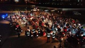 Motosiklet tutkunlarından 19 Mayıs fener alayı - Bursa Haberleri
