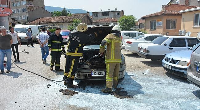 Otomobil alevlere teslim oldu - Bursa Haberleri