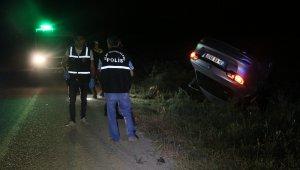 Otomobil defalarca takla attı, araçtan fırlayan kadın hayatını kaybetti