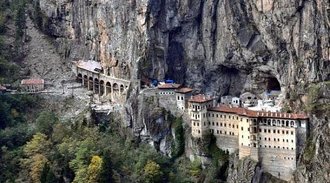 Sümela Manastırı, 4 yıllık restorasyon sonrası ziyarete açılıyor