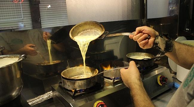 Tarihi lezzetle iftar açmak isteyen binlerce kişi oraya akın ediyor - Bursa Haberleri