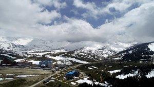 Uludağ'da karla kaplı bahar güzelliği havadan görüntülendi - Bursa Haberleri