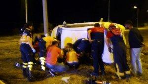 Üniversite öğrencileri kiralık otomobille kaza yaptı: 2 ölü, 5 yaralı