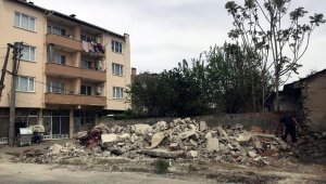Yenişehir'de metruk binalar yıkılıyor - Bursa Haberleri