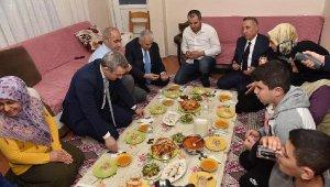 Yıldırım'dan Sultangazi'de ve esnaf ziyaretleri
